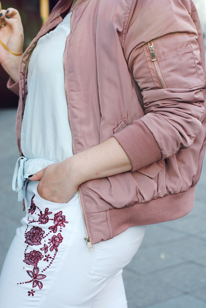 pink bomber jacket outfit balloon shooting fashion week berlin