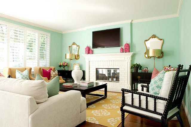 turquoise and pink living room | JULIA RYAN