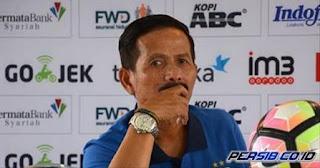 Djanur Tak Jadi Mundur sebagai Pelatih Persib Bandung