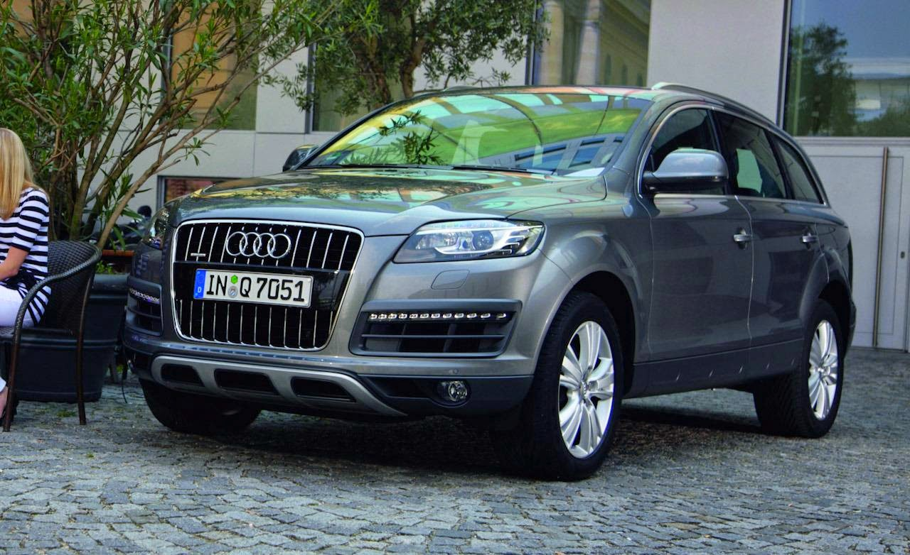 audi q7 diesel 4 2 tdi 2015. Black Bedroom Furniture Sets. Home Design Ideas