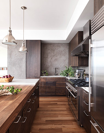 Ooooh This Is A Very Pretty Kitchen Designed By Alexandra Fazio Of Cecil Baker Partners The Sag Harbor Ny Includes Warm Walnut Cabinetry