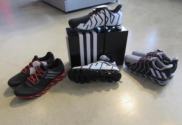 c42775d1a7e Outlet Premium Salvador oferece descontos de até 80% na Adidas Outlet e New  Era
