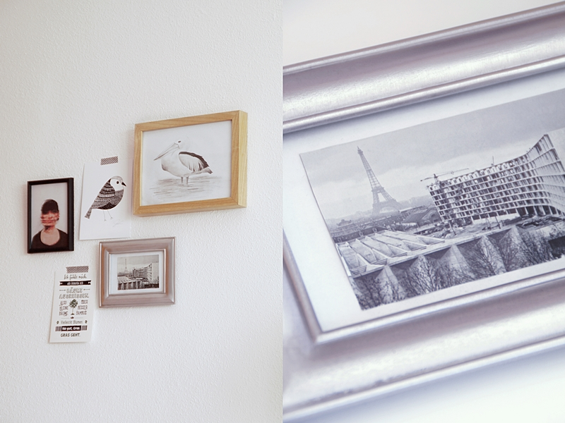 Lockere Bilderwand mit Rahmen und Bildern in Schwarz/ Weiß/ Naturtönen