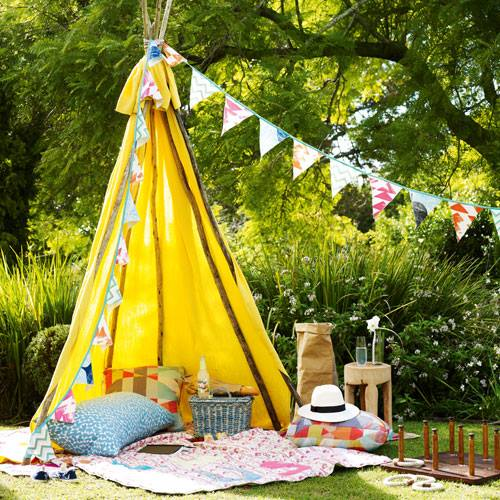Great picnic idea and perfect activity for Mother's Day- design addict mom