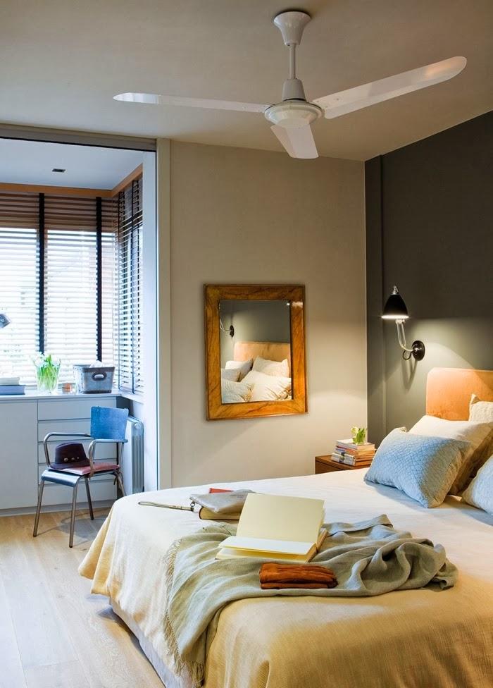 Oryginalne wnętrze w spokojnych szarościach, wystrój wnętrz, wnętrza, urządzanie domu, dekoracje wnętrz, aranżacja wnętrz, inspiracje wnętrz,interior design , dom i wnętrze, aranżacja mieszkania, modne wnętrza, styl nowoczesny, styl klasyczny, szare wnętrza, aranżacja w szarościach, sypialnia