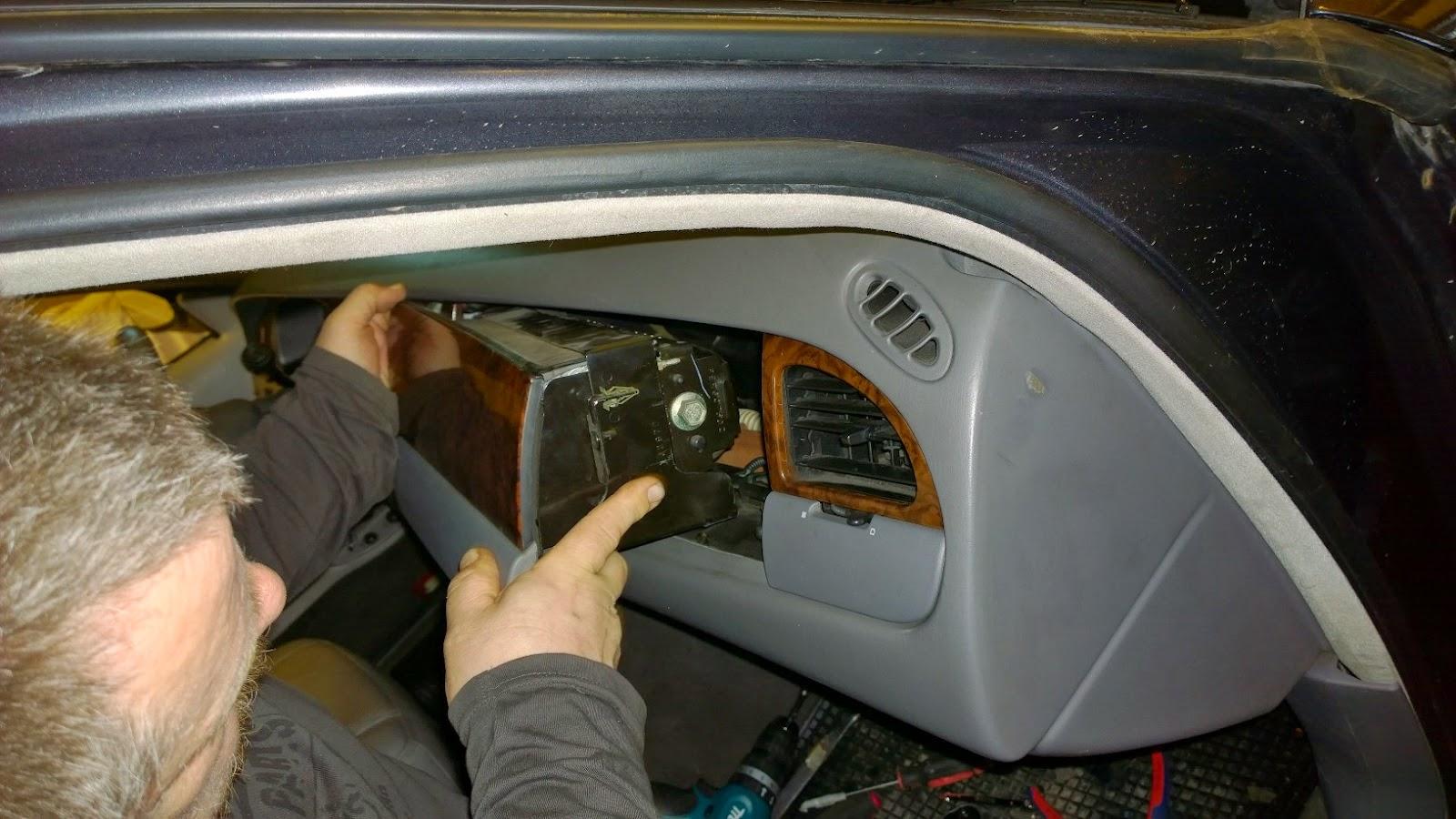 remove airbag