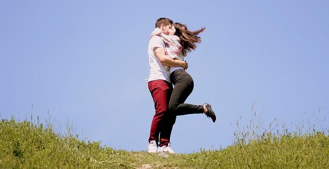 Happy-Hug-day-of -Valentines-Day