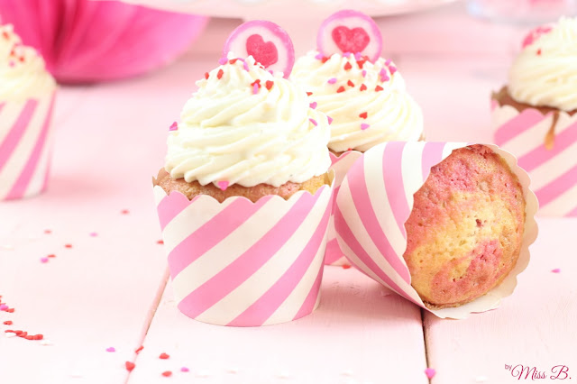 Be mine: Himbeer-Marmor-Cupcakes