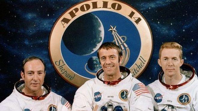 Edgard Mitchell, Alan Shepard y Stuart Roosa; astronautas de la misión Apolo 14.