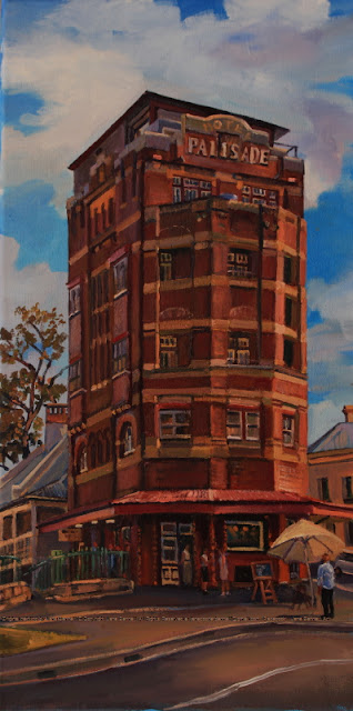 plein air oil painting of the historic Palisade Hotel in Millers Point by heritage artist Jane Bennett