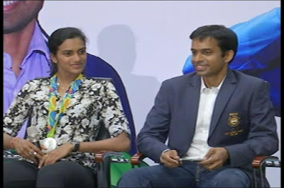 PV Sindhu RIO Olympic Silver Medalist and Her Coach Gopichand Felicitated By Maharashtra Government