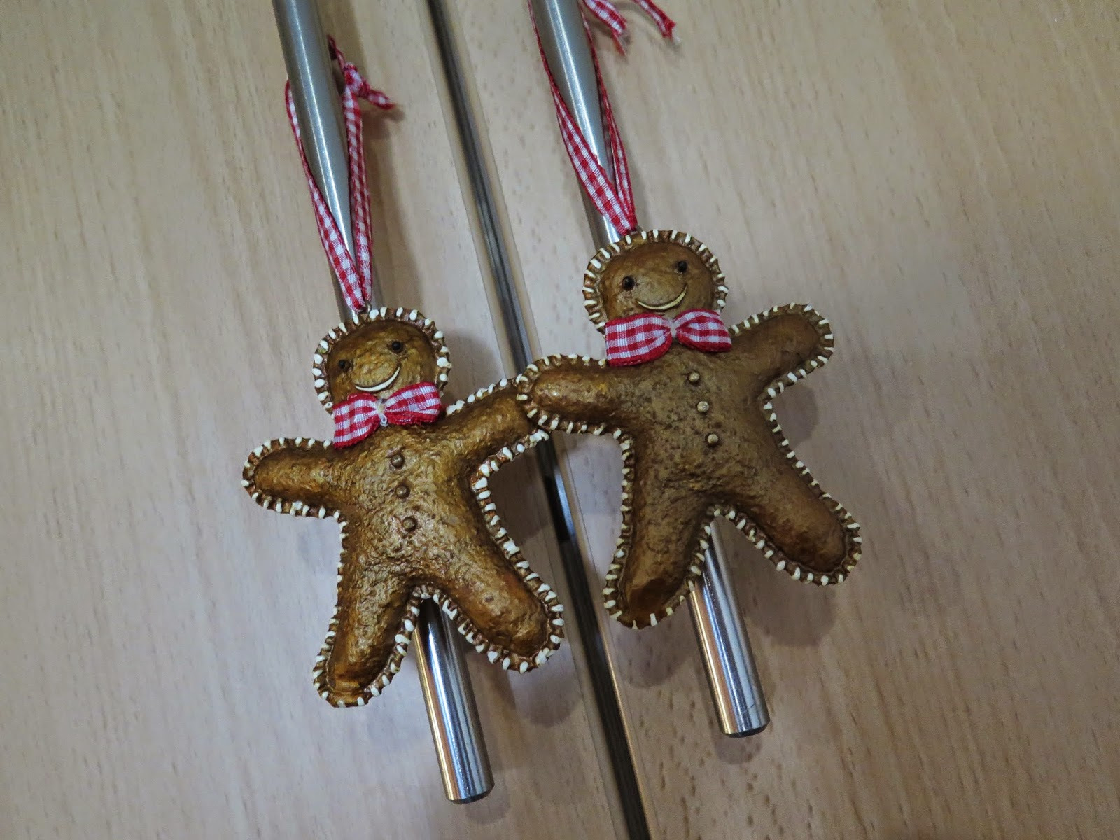 gingerbread men ornaments