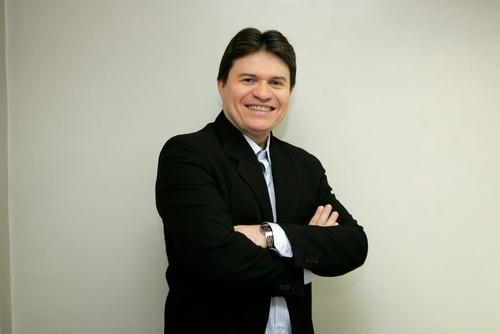 AOS 51 ANOS: Morre apresentador e radialista Ênio Carlos