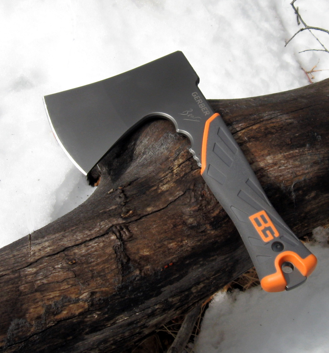 Survival Ax Rocky Mountain Bushcraft Review The Gerber Bear Grylls Survival