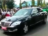 Viral Video Aksi Driver Ojol yang Nekat Terobos Paspamres Demi Menyalami Presiden Jokowi
