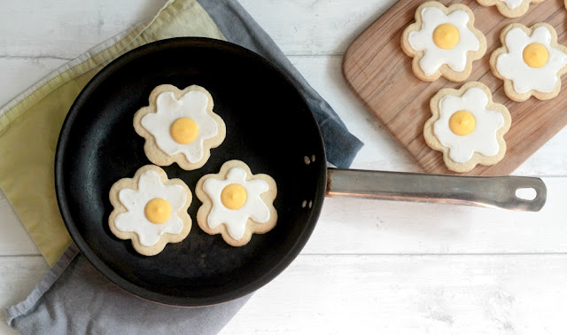 fried egg biscuits