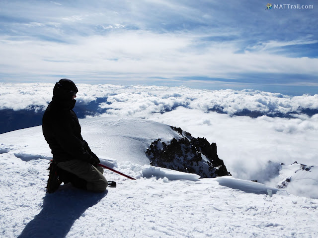 On the Kazbek peak, www.MATTrail.com