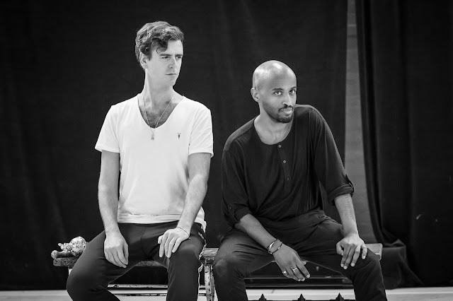 Marlowe: Edward II - Tom Stuart & Beru Tessema in rehearsal - Sam Wanamaker Playhouse (Photo Marc Brenner)