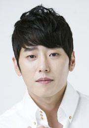 Biodata Kim Young Hoon (Gim Yeong Hun) pemeran Oh Hae-joon