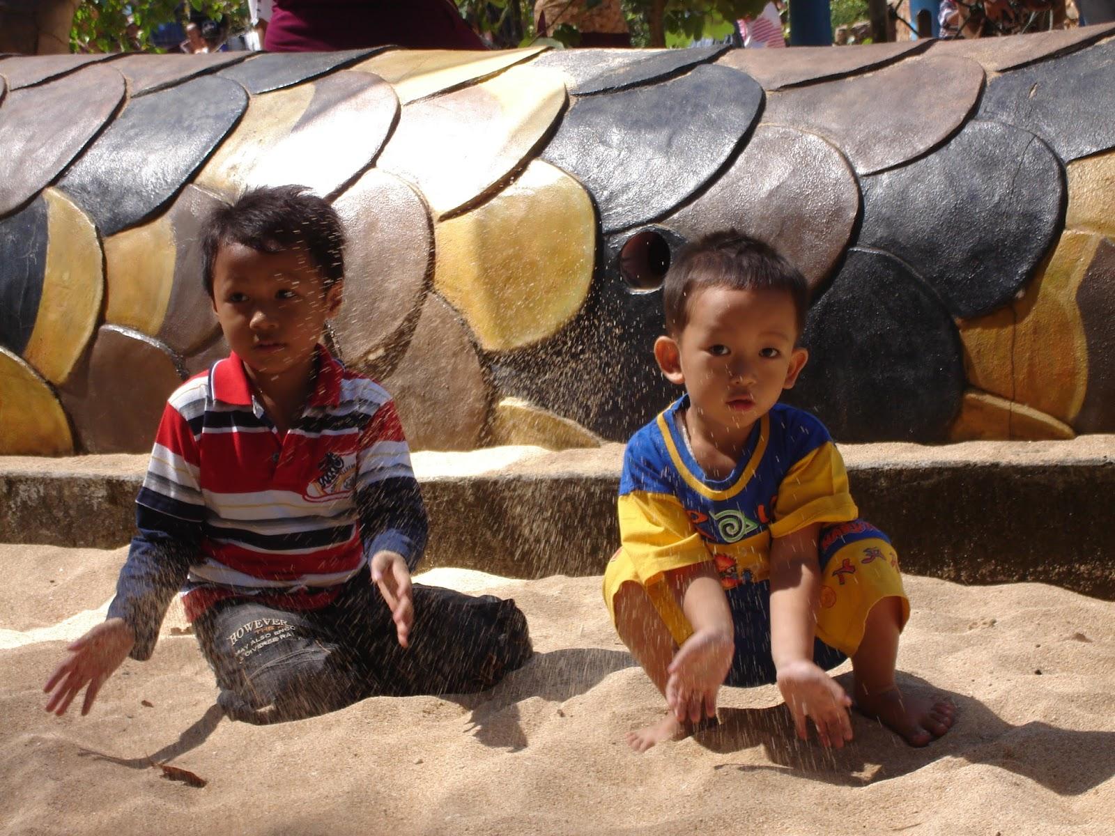 liburan ceria bersama anak
