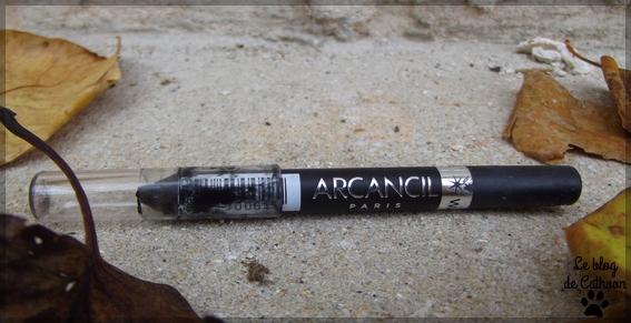 Arcancil Paris - Star Liner - Waterproof -  Crayon Eyeliner Utra Tenue - 001 Noir