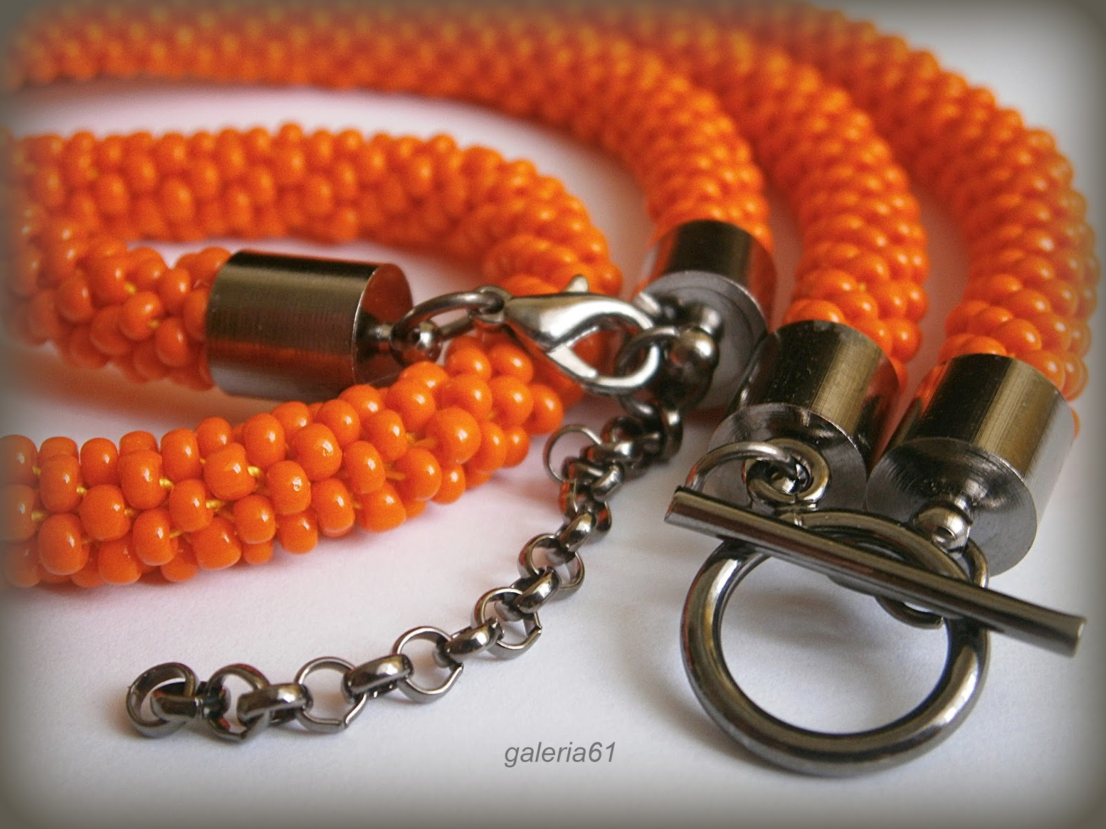 bransoletka, sznur szydełkowo - koralikowy, naszyjnik, orange