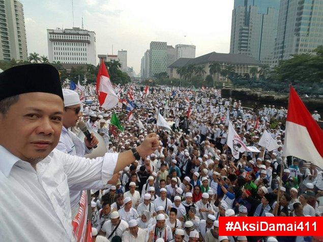 MAKJLEB! Presiden: Demo Ditunggangi; Fahri: Lebih Mudah Menunggangi Jokowi Dibanding Sejuta Masa