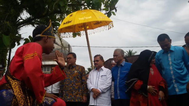 Zulkifli Hasan-- PAN Dukung Ali Mukhni Calon Gubernur, Genius Umar Walikota Pariaman