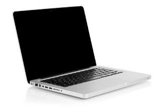 Cara Aman Membersihkan Keyboard Laptop