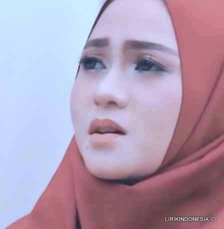 Lirik Terdiam Sepi dari Nazia Marwiana