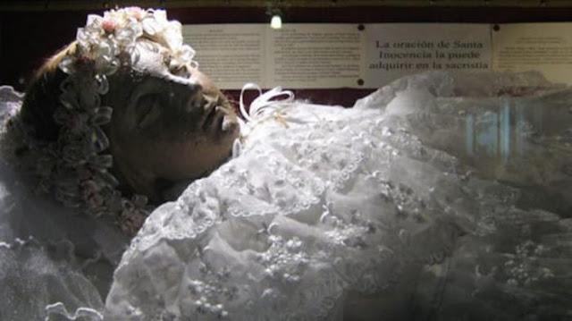 Heboh! Video Mayat Gadis 300 Tahun Mengedipkan Matanya Tersebar, Coba Perhatikan