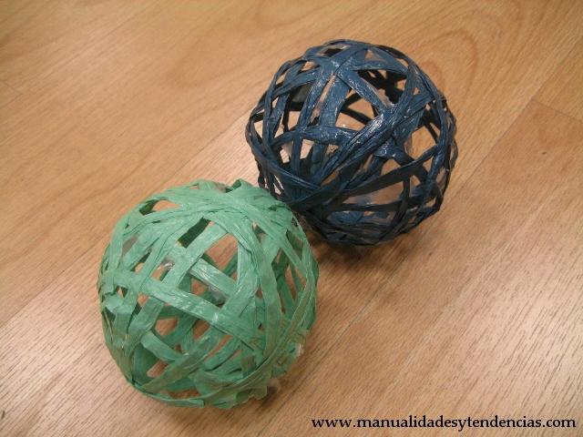 DIY Bolas de rafia / raffia spheres / Sphères de raphia
