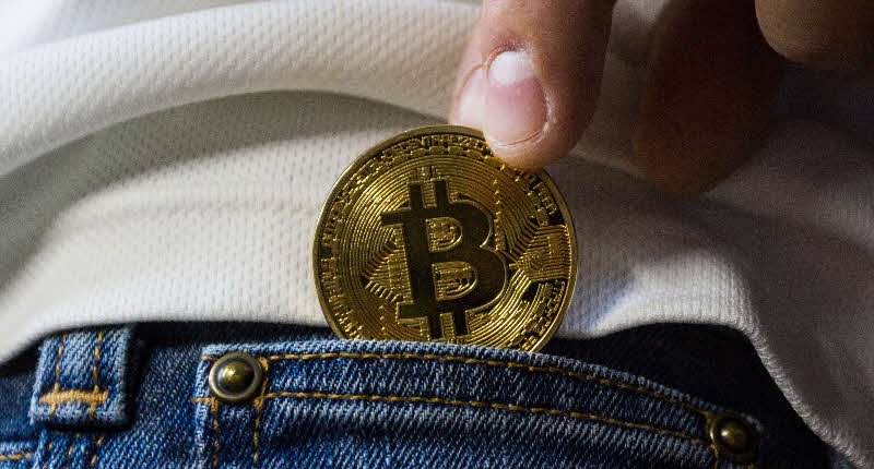 Bitcoin: Freedom or an Inevitable Bubble Burst?
