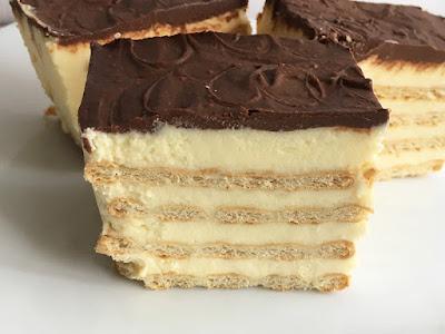 Ciasto z krakersów i kremu budyniowego