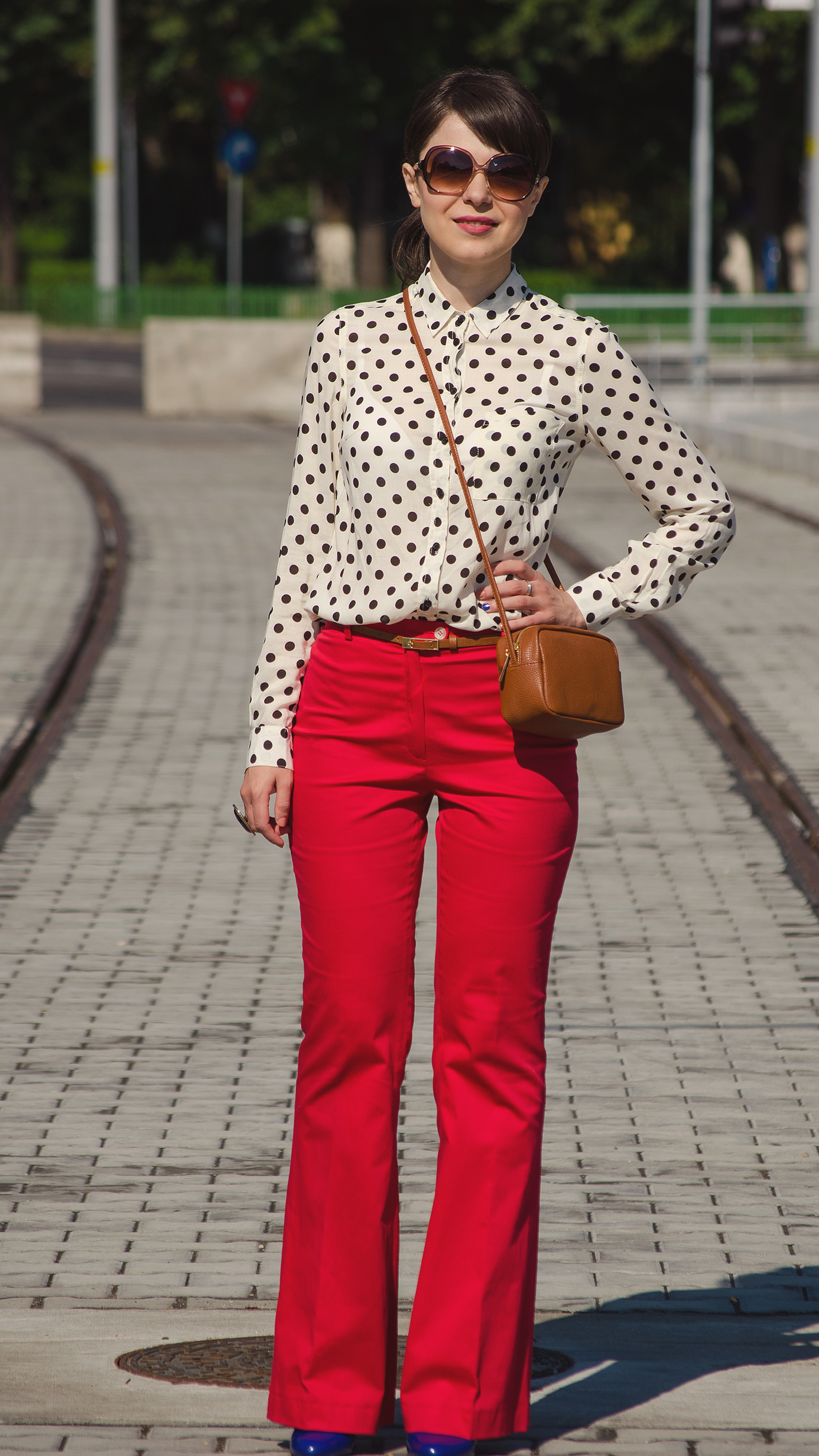 miss green dots and red flare pants