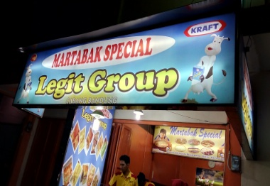 Kali ini wisata dan kuliner akan membahas mengenai salah satu jajanan yang cukup banyak d Martabak Legit Group Bandung