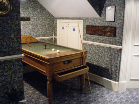 The Ham And Egger Files More Bar Billiards In London - Kensington pool table