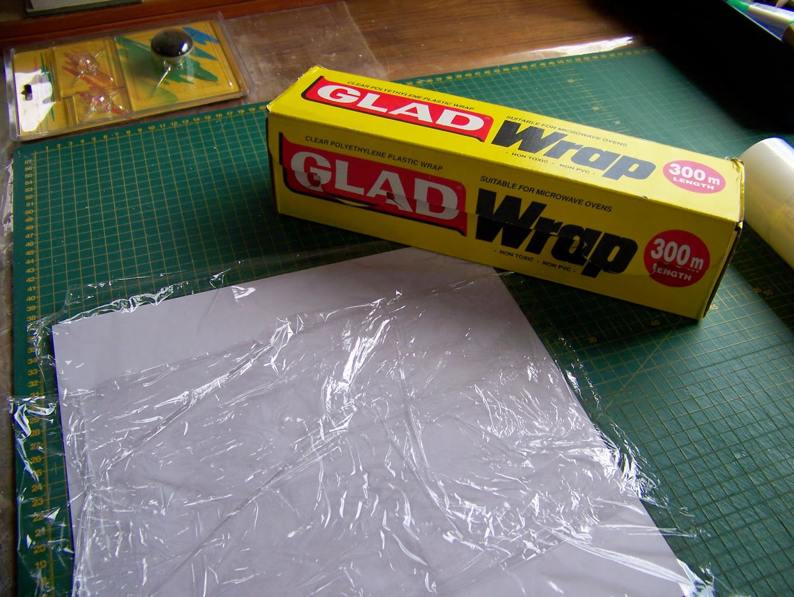 a pretty talent blog fusing fabric with plastic wrap