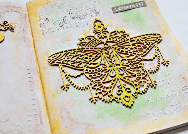 ażurowy motyl z tekturki