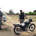 Moto sem placa é achada abandonada em Uiraúna