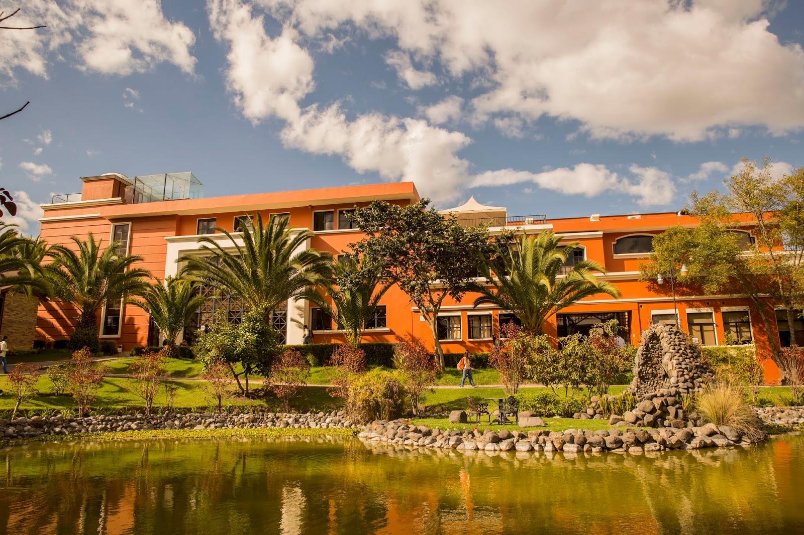 Universidad San Francisco de Quito; entre los campus más ...