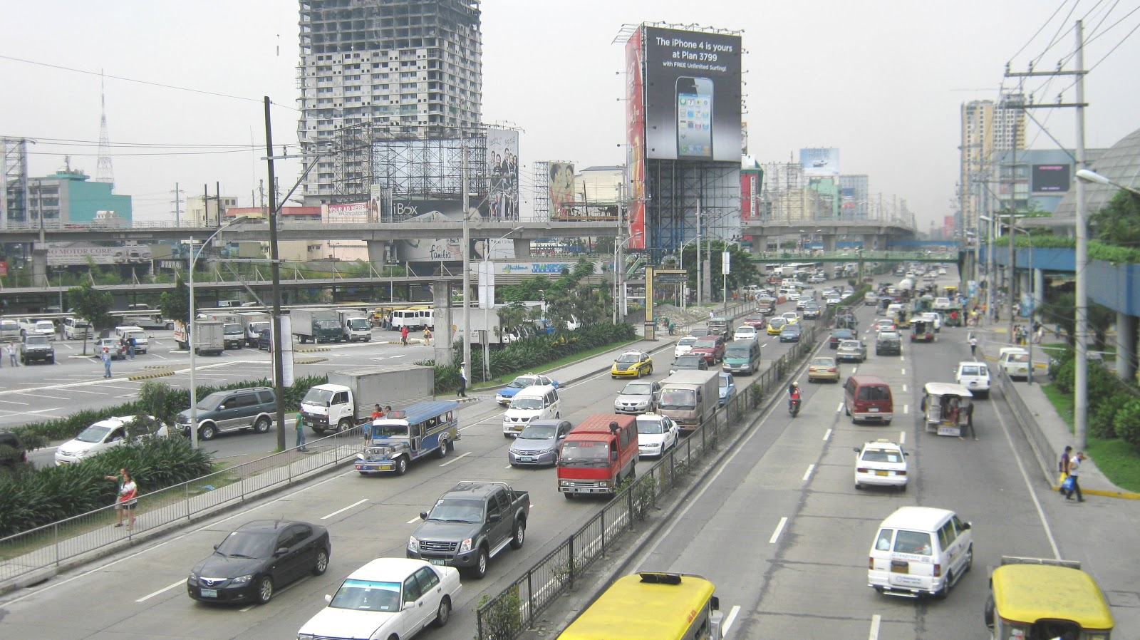 Street Life, Manila, The Philippines - YouTube