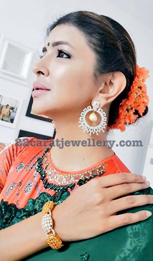 Lakshmi Prasanna Manchu Diamond Chandbalis