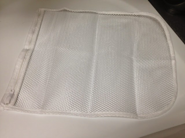 A Cleaner World Talks Mesh Laundry Bags