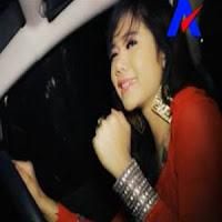 Lirik Lagu Minang Rayola - Indak Rotan Akapun Jadi