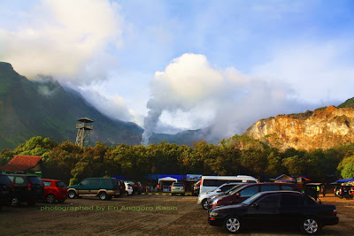 Great Corolla dibawa sampai parkiran Camp David Gunung Papandayan-Garut.