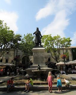 Plaza de San Luis en Aigües Mortes. La Camarga
