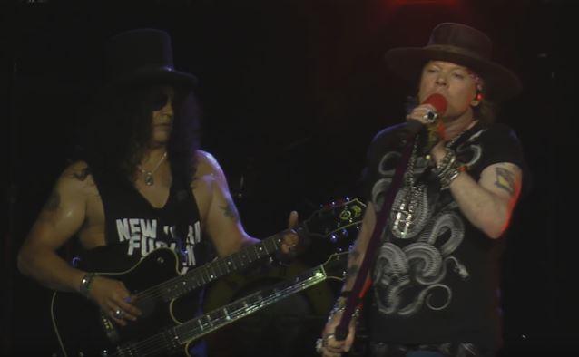 GUNS N' ROSES: 30 συλλήψεις σε συναυλία τους στο New Jersey