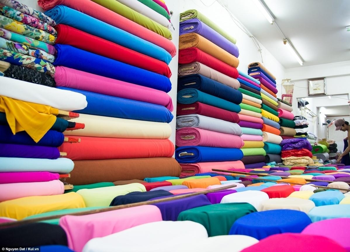 Các chợ vải nổi tiếng ở HN và TPHCM
