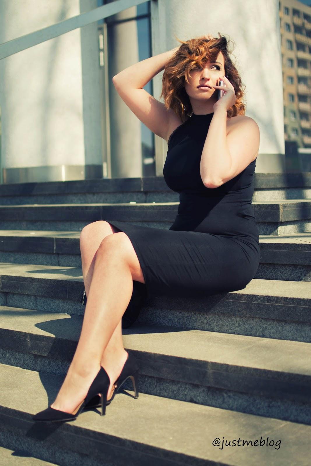 Just Me Blog, stylizacja #2,  stylizacja klasyczna, stylizacja elegancka,  ołówkowa spódnica,  elegancki top, klasyczny top,  fashion, elegancja, klasyka